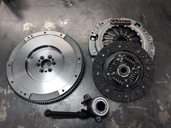 Juke Stage I Clutch and Forged Flywheel - OEM Stock Upgrade (325hp)